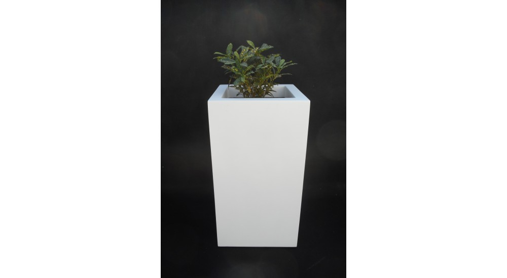FRP Tower decor & Planter - LP5 - Best Planters